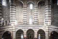 Colonne e Archi Battistero Interno